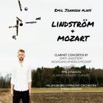 Plays Lindström + Mozart