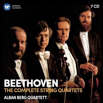 Complete string quartets (A Berg)